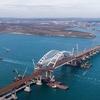 Осенью по мосту в Крым поедут грузовики