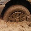 Угнанное авто керчанина оставили в грязи за селом