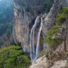 Любование водопадом закончилось для керчанки спасательной операцией