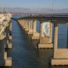 На Крымском мосту нарисовали строителя с котом