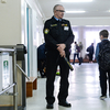 После инцидента в Керчи в школах Симферополя усилили охрану