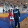 Керченский самбист получил награду из рук олимпийского чемпиона на Всероссийском турнире