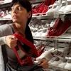 Керчанка созналась в краже трех пар обуви
