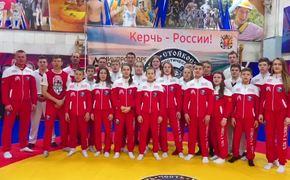 Керченские самбисты поздравили президента с Новым годом