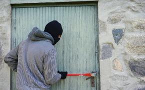 У керченской пенсионерки украли ювелирные изделия