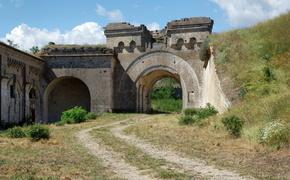 В Крыму не выбрали подрядчика реставрации крепости «Керчь»
