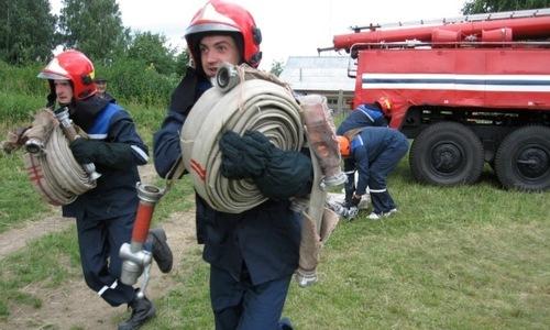 Керчан зовут вступить в добровольную пожарную дружину
