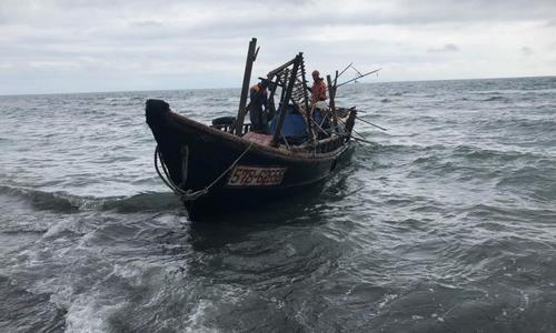 В Черном море нашли лодку с трупом