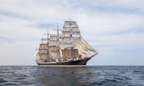 Польша не пустила парусник «Седов» из-за керчан на борту