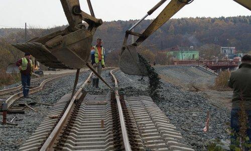 Ж/д часть Крымского моста могут открыть раньше