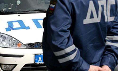 Сотрудники ГИБДД из России консультируют керченских водителей