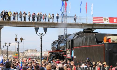 Поезд Победы вновь прибыл к керченскому перрону