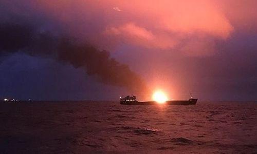 Аксенов уточнил, что при пожаре в Керченском проливе погибли 10 моряков