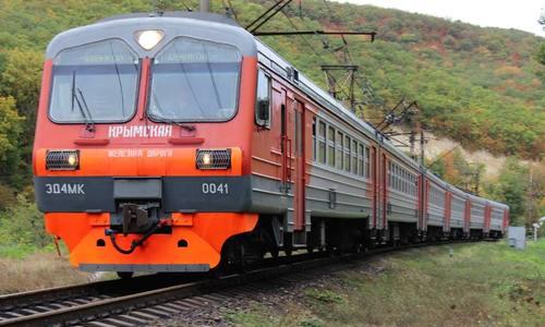 Билеты в Крым раскупают по три в минуту