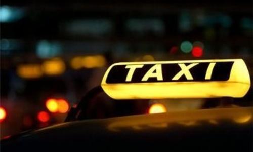 В Керчи таксисты-нелегалы попали на пять штук