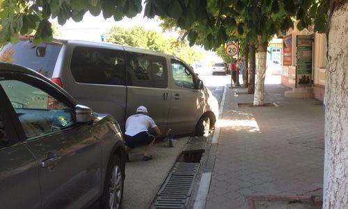 Водители попадают в капкан на улице Козлова