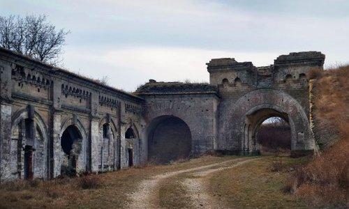 Дорогу к крепости «Керчь» построит фирма из Петербурга
