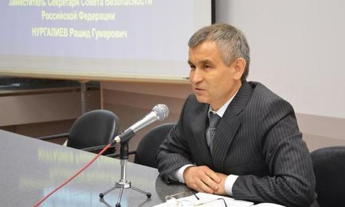 Нургалиев рассказал о развитии самбо