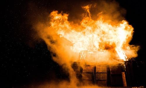 В пожарах с начала года погибли 33 крымчанина