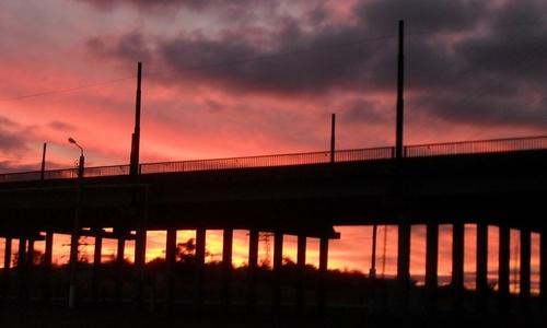 Власти Керчи снова попросят денег на достройку моста через переезд