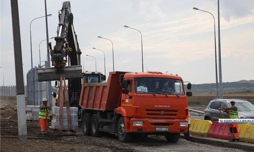 Пешеходные дорожки в Керчи делает ВАД