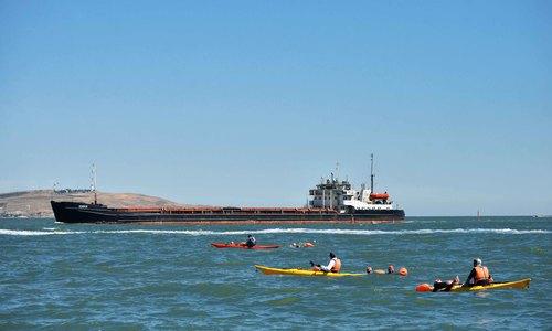 Стартовал рекордный заплыв через Керченский пролив