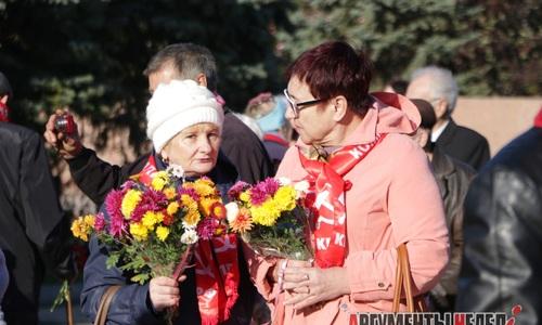 В Керчи отметили 101-ю годовщину революции
