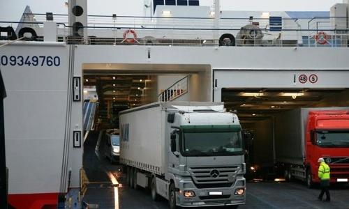 На Керченскую переправу начнут пускать грузовики