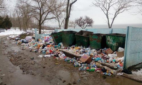 За невывоз мусора в Керчи подрядчику грозит 1,5-миллионный штраф