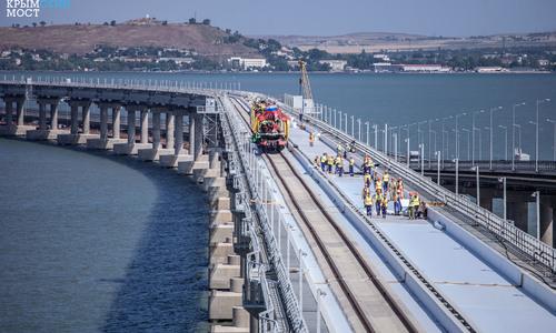 Поезда поедут через Керченский пролив в Феодосию и Евпаторию
