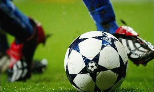 В мини-футбольном чемпионате в Керчи определили полуфиналистов