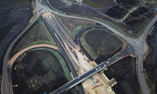 После «Тавриды» в Крыму хотят построить сеть курортных дорог