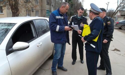Под Керчью за 10 дней автоинспекторы поймали 5 водителей-должников