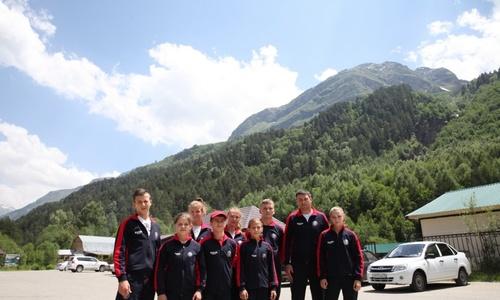 Спортсмены клуба «Слава» вернулись со сборов у подножия горы Эльбрус