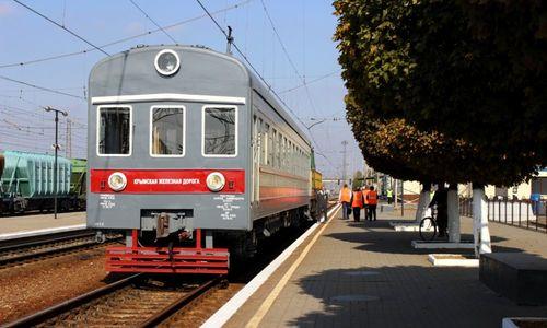 Билеты на первые поезда в Крым практически распродали