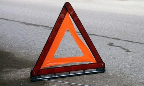На трассе Керчь-Феодосия столкнулись два отечественных авто