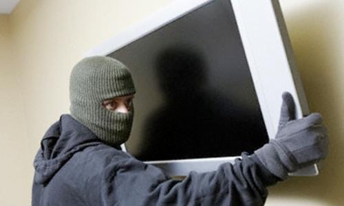 На керченском рынке хотели продать краденный телевизор