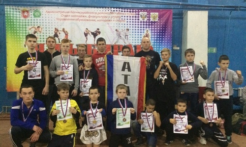 Керчане завоевали множество медалей на турнире К-1