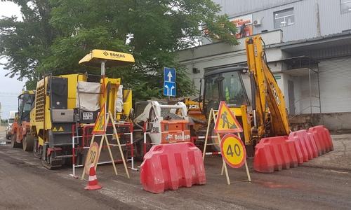 Асфальтирование керченских дорог продолжается