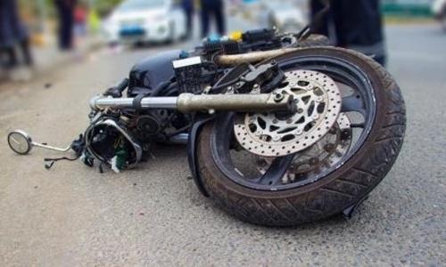 В ДТП с мотоциклом и бетономешалкой в Керчи погиб человек