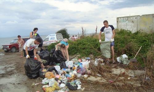 Керчане формируют у земляков новую культуру отношения к мусору