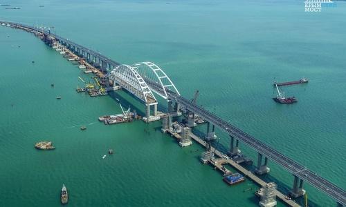 Стройка Крымского моста ограничивает судоходство, – Госдеп
