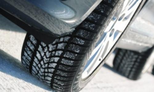 Керченских водителей могут заставить сменить покрышки на зиму