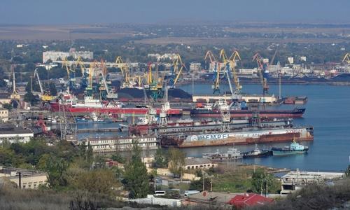 Перевалка наливных грузов в порту Керчи выросла в 2,7 раза